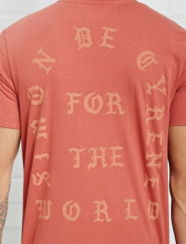 forever-21-kanye-west-the-life-of-pablo-2