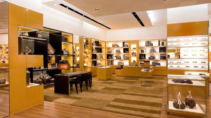 louis-vuitton-find-a-store-us-louis-vuitton-baltimore-towson--StFi_Louis_Vuitton_Baltimore_towson_store_02